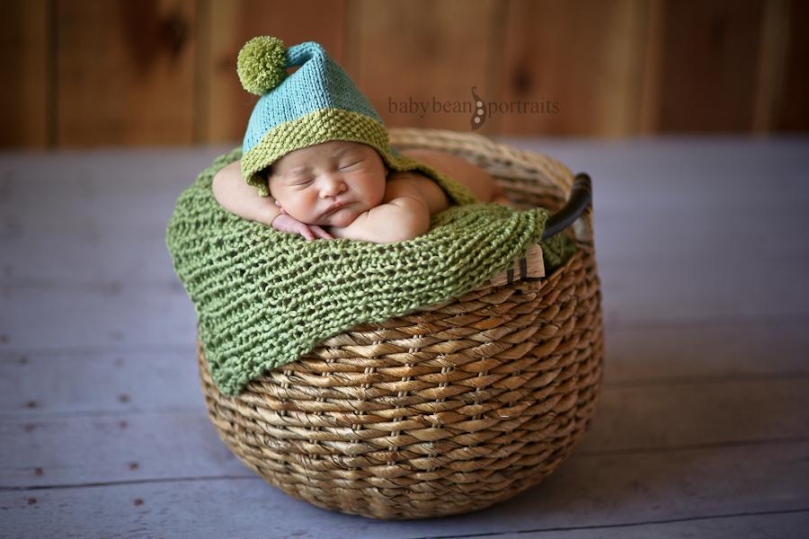 Green Pom-Pom Sleep
